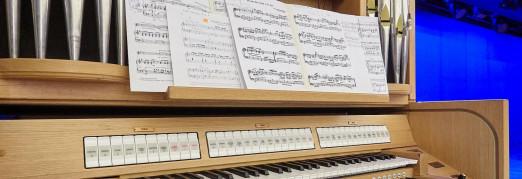 Концерт «Музыка из воздуха. Рождественский вечер с органом и терменвоксом»